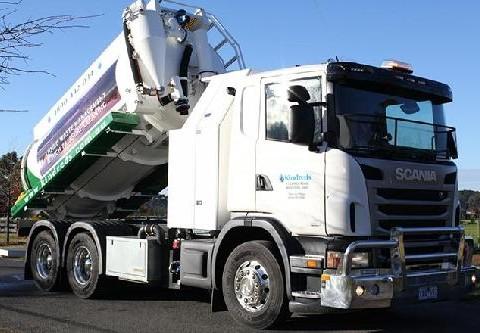 Waste management tanker Bendigo
